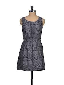 Black And Grey Polyester Dress - Silk Weavers