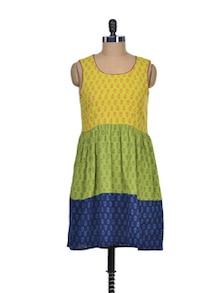 Multicolored Printed Sleeveless Dress - Desiweaves