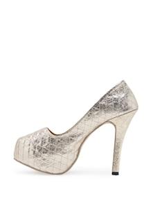 Golden Shimmery High Heels - Soft & Sleek