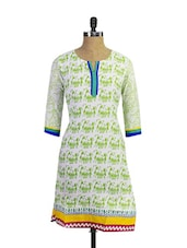 Gorgeous White Cotton Kurta With Stunning Green Coloured Tribal Print - Purab Paschim
