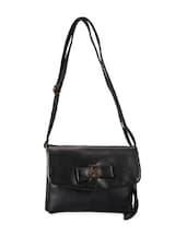 Black Leather Sling Bag - Lino Perros