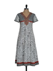 Black And White Tribal Kurta With Embroidered Neck - Tanisi