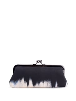 Midnight Magic Twist Snap Enclosure Purse With Ikat Pattern - PRINCESSE K