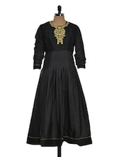 GOLD EMBROIDERED BLACK FLARED LONG KURTA - PAREO