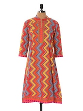 Red Base Kurta With Zig Zag Prints - Cotton Curio