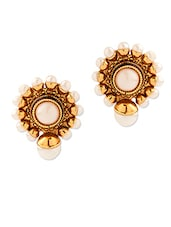 Round Shape Stud Earrings With Pearls - Voylla