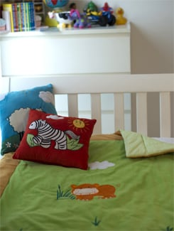 Hippo Applique Baby Quilt In Green - Akshu