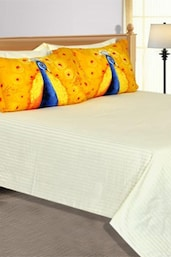 Off-white Plain  1 Double Bedsheet With 4 Pillow Covers - Salona Bichona