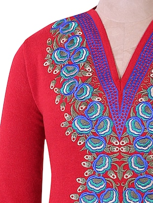 Red And Blue Winter woolen kurta - 937252 - Standard Image - 4