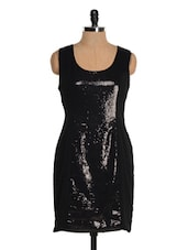 Black Cut And Sew Sequined Panel Dress - Tapyti