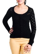 Black Front Button Woolen Top - Aussehen