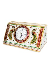 Marble Embossed Ethnic Pen Stand With Clock - Chitrahandicraft