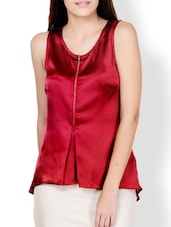 Maroon High-Low Top With Front Zipper Detail - Pera Doce