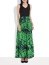 Black And Green Printed Sleeveless Maxi Dress - By