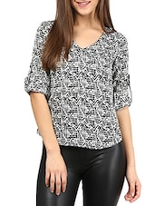White And Black Roll-up Top - By