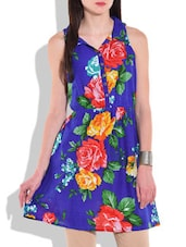 Blue Floral Printed Sleeveless Cotton Kurti - By