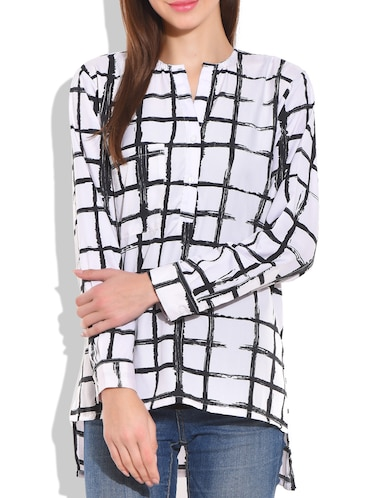White and black poly crepe check box printed top - 9711995 - Standard Image - 1