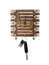 Dhokra And Warli Handpainted Key Holder With Ghungroo Brown - ExclusiveLane - 984622
