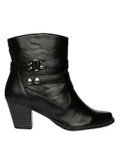 Black High Ankle Heeled Boots With Zipper - Bruno Manetti